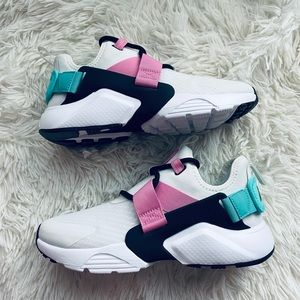 Nike Air Huarache Low